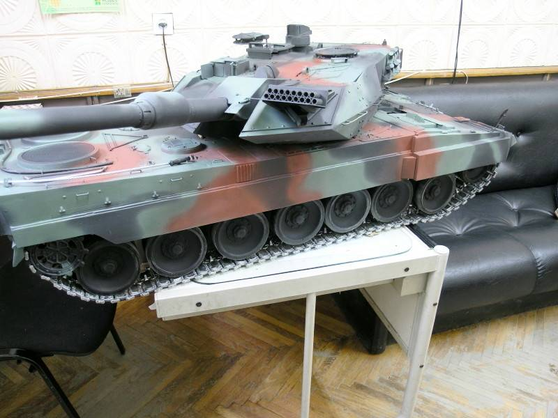 Radio Controlled Model Tanks - Big rc tanks, large scale rc